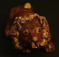 redware lion by Pied Potter Hamelin