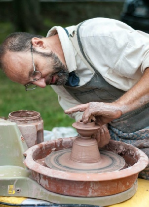 Douglas pottery demonstration